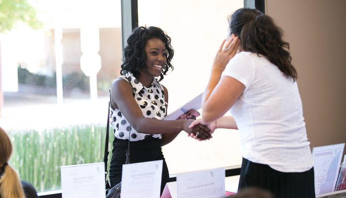 Four ways to make a lasting impression at a job fair